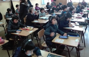 Videogame platform to measure cooperation in the classroom