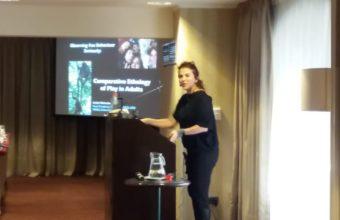 Isabel Behncke realiza presentación en la última jornada del ISHE 2018